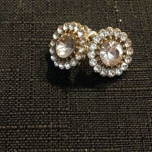Light Pink Color Center Stone Stud Earrings